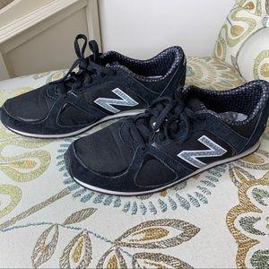 New Balance Womens 555 Black Running Shoes 8.5
